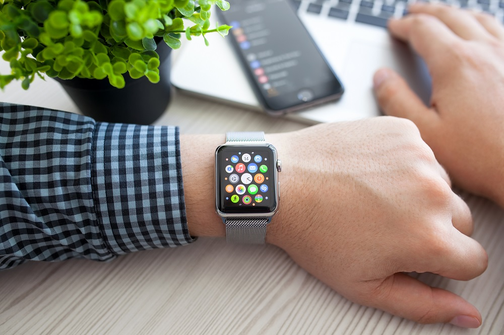 apple-mobile-phone-watch-ios-android